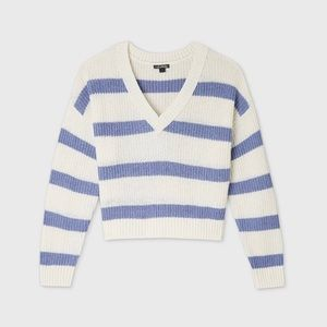 Womens striped vneck sweater